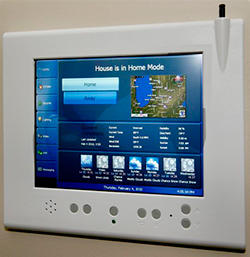 Сенсорная панель для управления системой